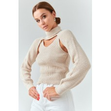 Cropped jumper with tank top